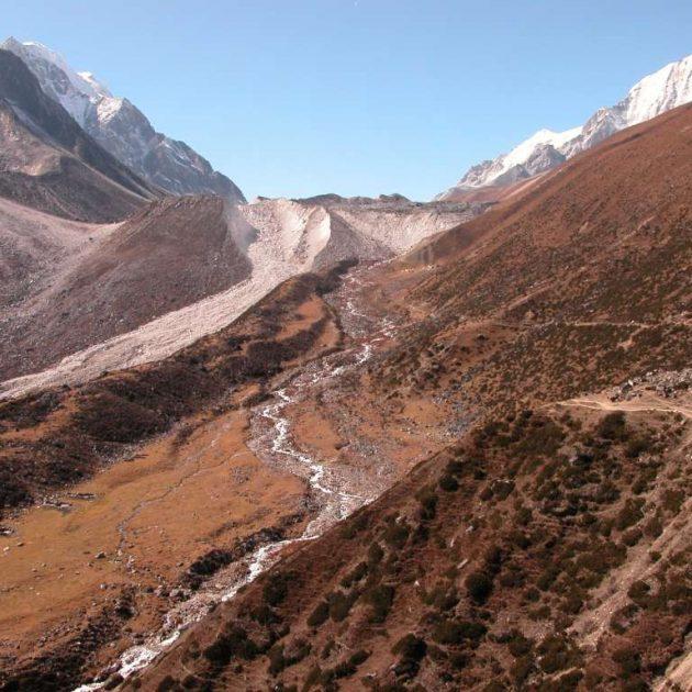 Around Manaslu - Larkay La