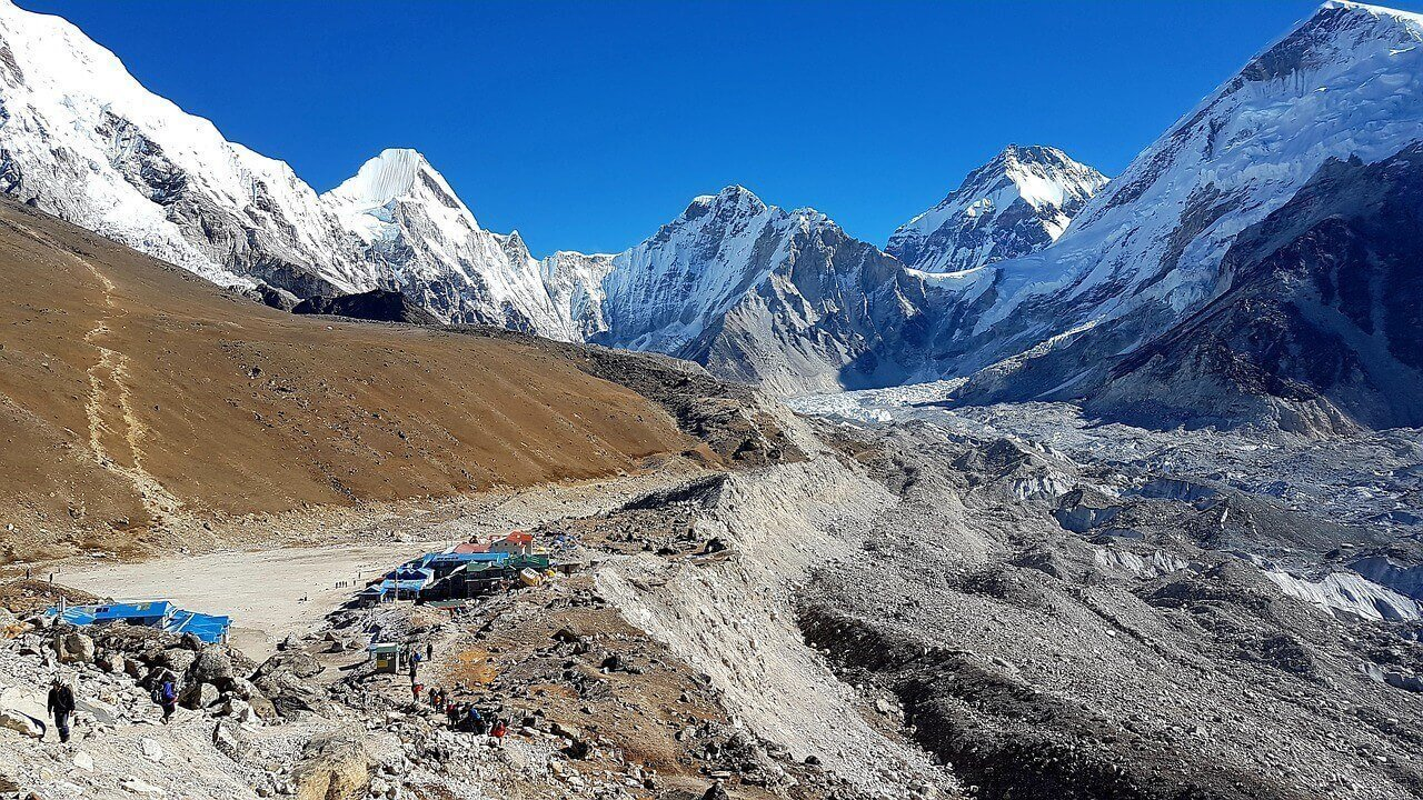Best Trekking seasons in Nepal - Spring Season
