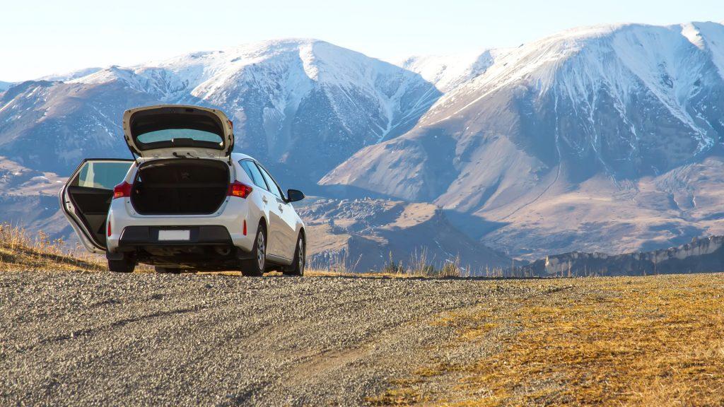 car-rental-at-mountains