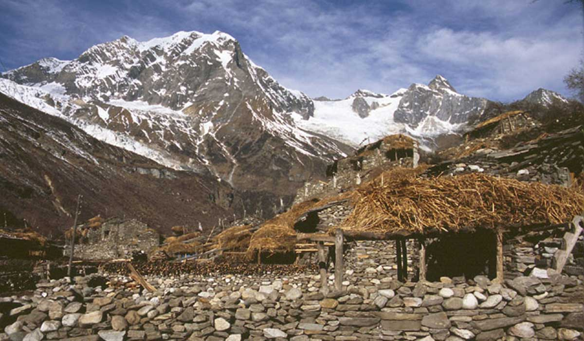 Samagaon - 14 days manaslu circuit trek